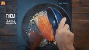 Đam Mê Ẩm Thực Thêm-cà-chua-băm-nhuyễn-ở-bước-1-và-đảo-đều