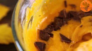 Đam Mê Ẩm Thực Thêm-chocolate-thái-vụn-vào-bát-và-khuấy-đều-1-300x169