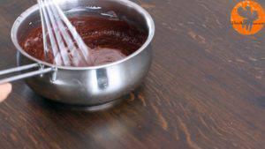 Đam Mê Ẩm Thực Thêm-kem-Whipping-và-khuấy-đều3-300x169