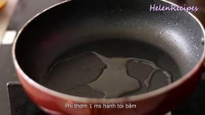 -chảo-nóng-cho-1-tsp-Dầu-ăn