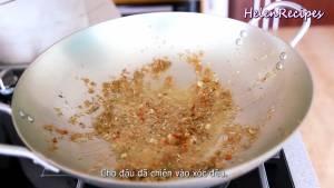 Đam Mê Ẩm Thực Đun-nóng-2-tbsp-dầu-ăn-và-phi-thơm-tỏi-băm5