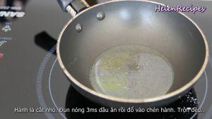 Đam Mê Ẩm Thực un-nóng-3-tsp-Dầu-ăn-rồi-đổ-vào-bát-hành-và-trộn-đều2