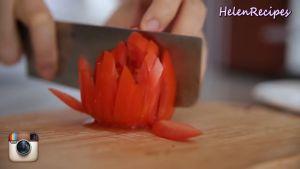 Đam Mê Ẩm Thực 2-quả-Cà-chua-cắt-hạt-lựu-và-băm-nhỏ-2-nhánh-tỏi2