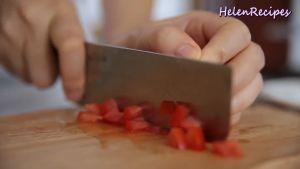 Đam Mê Ẩm Thực 2-quả-Cà-chua-cắt-hạt-lựu-và-băm-nhỏ-2-nhánh-tỏi3