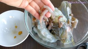 Đam Mê Ẩm Thực Bẻ-càng-lấy-thịt-tôm-loại-4-con1kg3