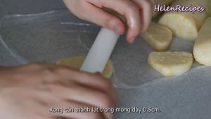 Đam Mê Ẩm Thực Cán-mỏng-từng-lát-cho-đến-khi-dày-0.5cm2