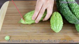 Đam Mê Ẩm Thực Cắt-khoanh-6-7cm-và-dùng-cán-muỗng-loại-bỏ-phần-ruột