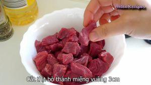 Đam Mê Ẩm Thực Cắt-thịt-bò-thành-miếng-vuông-3-cm