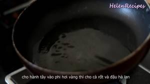 Đam Mê Ẩm Thực Chảo-nóng-cho-vào-2-tbsp-Dầu-ăn-và-láng-đều