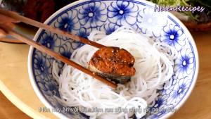 Đam Mê Ẩm Thực Cho-cá-ra-đĩa-thêm-nước-cá-hạt-tiêu-và-hoàn-thành4