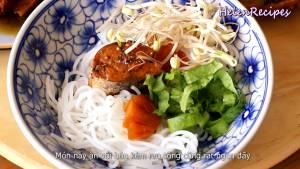 Đam Mê Ẩm Thực Cho-cá-ra-đĩa-thêm-nước-cá-hạt-tiêu-và-hoàn-thành5