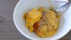 Đam Mê Ẩm Thực Cho-chút-muối-hạt-tiêu-1-tbsp-nước-cốt-chanh-dầu-sa-tế-và-bát-gạch-tôm.-Trộn-và-ướp-đều