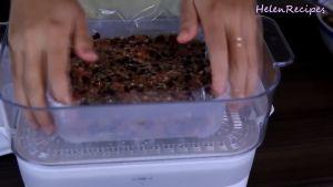 Đam Mê Ẩm Thực Cho-hỗn-hợp-ở-bước-2-vào-hộpkhuôn-lót-giấy-nến-hoặc-màng-bọc-thực-phẩm-và-hấp-trong-30-phút3