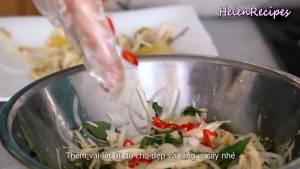 Đam Mê Ẩm Thực Nêm-lại-cho-vừa-khẩu-vị-thêm-vài-lát-ớt-đỏ-cho-đẹp-và-tăng-vị-cay