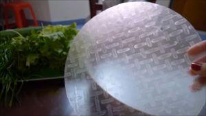 Đam Mê Ẩm Thực Nhúng-qua-bánh-tráng-bánh-đa-nem-vào-nước-hoặc-vẩy-chút-nước-vào-bánh-tráng-và-trải-lên-đĩa