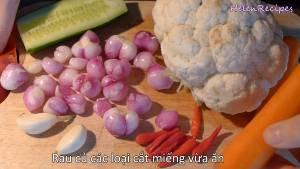 Đam Mê Ẩm Thực Rửa-sạch-Hoa-lơ-và-tách-thành-từng-miếng-vừa-ăn