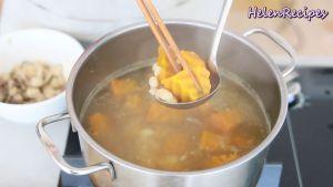 Đam Mê Ẩm Thực Sau-15-phút-khi-bí-đã-mềm-cho-nấm-xào-ở-bước-4-vào-nêm-mến-lại-vừa-với-khẩu-vị-với-đường-muối-bột-nêm-...2