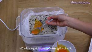 Đam Mê Ẩm Thực Sau-30-phút-phết-đều-2-lòng-đỏ-trứng-đã-đánh-đều-lên-mặt-miếng-chả-và-hấp-thêm-5-phút2