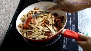 Đam Mê Ẩm Thực Sau-khi-đã-đều-bật-lại-bếp-với-lửa-vừa-đảo-đều-thêm-vài-phút-rồi-tắt-bếp-cho-thêm-trứng-cút-và-hạt-tiêu-vào2