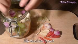 Đam Mê Ẩm Thực Sau-khi-đã-ráo-nước-sắp-rau-củ-vào-lọ-sạch