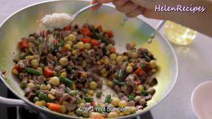 Đam Mê Ẩm Thực Thêm-1-cup-Rau-củ-đậu-đũa-cà-rốt-ngô-thái-hạt-lựu-12-số-hạt-sen-1-tsp-Bột-nêm-đã-luộc-và-đảo-đều4