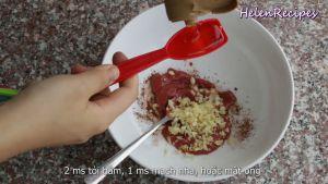 Đam Mê Ẩm Thực Thêm-2-tbsp-Tỏi-băm-1-tbsp-Mạch-nha-hoặc-mật-ong-1-tbsp-Rượu-trắng-2-tbsp-Nước-tương-Maggi-1-tbsp-Dầu-hào-1-tbsp-Dầu-ăn-và-trộn-đều2