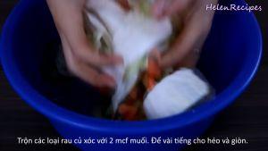 Đam Mê Ẩm Thực Thêm-2-tsp-Muối.-Trộn-và-xóc-đều-để-trong-3-tiếng-cho-héo-và-có-độ-giòn3