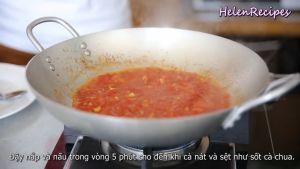 Đam Mê Ẩm Thực Thêm-Cà-chua-cắt-hạt-lựu-1-tbsp-Đường-kính-2-tbsp-Nước-mắm-và-đảo-đều.-Sau-đó-đậy-nắp-và-nấu-trong-5-phút-cho-đến-khi-cà-chua-mềm-và-sệt-như-sốt-cà-chua6