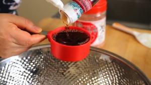 Đam Mê Ẩm Thực Thêm-hỗn-hợp-Tỏi-xay-nhuyễn-ở-bước-3-12-cup-Nước-mắm-14-cup-Tôm-chua-tôm-băm-nhỏ-và-trộn-đều2