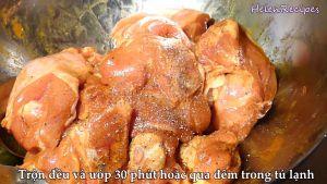 Đam Mê Ẩm Thực Thêm-muối-đường-hạt-nêm-bột-cà-ri-hạt-tiêu-vào-bát-trộn-đều-và-ướp-30-phút-hoặc-qua-đêm-trong-tủ-lạnh4