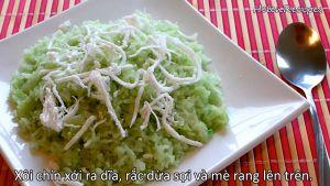 Đam Mê Ẩm Thực Xôi-chín-xới-ra-đĩa-rắc-dừa-nạo-và-mè-rang-lên-trên2
