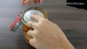 Đam Mê Ẩm Thực Xếp-trứng-vào-lọ-thủy-tinh-và-đổ-nước-muối-ở-bước-1-vào-sao-cho-nước-muối-ngập-toàn-bộ-trứng2