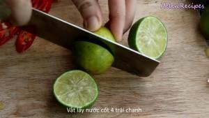 Đam Mê Ẩm Thực Cắt-đôi-vắt-lấy-nước-4-quả-chanh