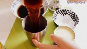 Đam Mê Ẩm Thực Cho-Nước-trà-lipton-1-2-tbsp-Sữa-đặc-1-2-tbsp-Mật-ong-dammeamthuc.com_