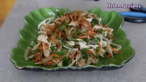 Đam Mê Ẩm Thực Cho-ra-đĩa-rắc-đều-Hành-phi-và-Ớt-thái-lát2