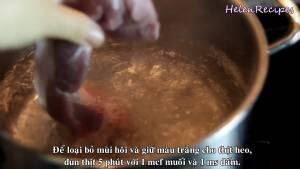 Đam Mê Ẩm Thực Cho-thịt-heo-vào-luộc-sơ-trong-5-phút-để-loại-bỏ-mùi-hôi-và-giữ-màu-trắng-cho-thịt-heo