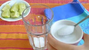 Đam Mê Ẩm Thực Cho-vào-cốc-5-6-tsp-Đường-tùy-khẩu-vị-Nước-cốt-chanh-Soda-và-khuấy-cho-đến-khi-tan-đường.-Nêm-nếm-lại-cho-vừa-khẩu-vị-dammeamthuc.com_