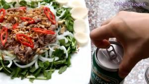 Đam Mê Ẩm Thực Dùng-kèm-với-Mắm-nêm-hoặc-Nước-tương-Maggi-bánh-phồng-tôm-và-vài-cốc-bia2