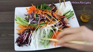 Đam Mê Ẩm Thực Khi-ăn-rưới-đều-nước-chấm-lên-và-trộn-đều2