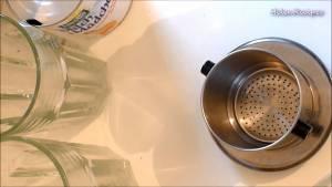 Đam Mê Ẩm Thực Rửa-sạch-phin-tráng-nước-sôi-và-lau-thật-khô5-dammeamthuc.com_