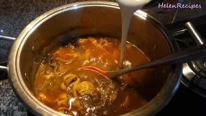 Đam Mê Ẩm Thực Sau-1-tiếng-thêm-1-cup-Nước-cốt-dừa-và-đảo-đều-nêm-nếm-lại-cho-vừa-khậu-vị-rồi-tắt-bếp2