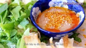Đam Mê Ẩm Thực Sau-khi-nướng-xong-cho-nem-và-các-loại-rau-củ-ra-đĩa.-Dùng-kèm-với-Bánh-đa-nem-bánh-tráng-Rau-thơm-Chuối-chát-chuối-xanh-Khế-hoặc-xoài-xanh-và-thêm-vài-cốc-bia