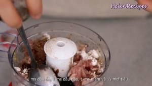 Đam Mê Ẩm Thực Thêm-250g-Thịt-lợn-băm-hoặc-xay-nhuyễn-150g-Tôm-loại-bỏ-vỏ-và-chỉ-lưng-1-tbsp-Bột-năng-1-tbsp-Dầu-ăn-1-tbsp-Dầu-hào-1-tbsp-Nước-mắm-12-tsp-Tiêu-và-xay-nhuyễn7