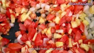 Đam Mê Ẩm Thực Thêm-Cà-chua-và-Dứa-Thơm-và-xào-trong-2-3-phút2