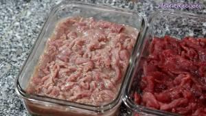 Đam Mê Ẩm Thực Thêm-Nước-cốt-chanh.-Trộn-đều-và-ướp-trong-15-20-phút-sau-15-20-phút-axit-trong-chanh-sẽ-làm-thịt-bò-tái-đi2