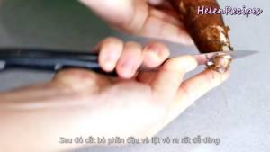 Đam Mê Ẩm Thực 500g-Khoai-mì-Sắn-rửa-sạch-khứa-1-đường-xoắn-ốc-quanh-củ-Khoai-mì2-dammeamthuc.com_