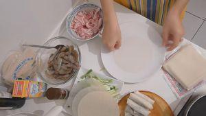 Đam Mê Ẩm Thực Bánh-tráng-nhúng-qua-nước-và-trải-đều3-dammeamthuc.com_