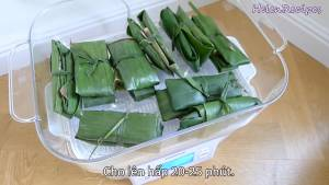 Đam Mê Ẩm Thực Buộc-2-Bánh-lại-với-nhau-bằng-sợi-lá-chuối-thành-cặp-bánh2-dammeamthuc.com_