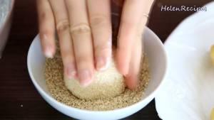 Đam Mê Ẩm Thực Cho-Bánh-lăn-qua-Vừng-Mè-rồi-vo-tròn-1-lần-nữa-cho-Vừng2-dammeamthuc.com_