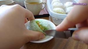 Đam Mê Ẩm Thực Cho-Bánh-lăn-ra-Vụn-Dừa-khô5-dammeamthuc.com_